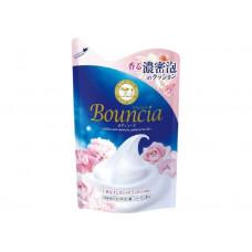 """COW Сливочное жидкое мыло """"Bouncia"""" для рук и тела с ароматом роскошного букета (мягкая упаковка) 400 мл"""