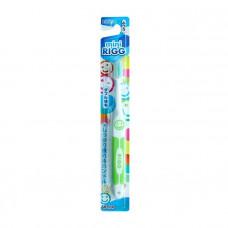 """""""EBISU"""" Зубная щетка (для детей от 3-х лет. С комбинированным ворсом и прорезиненной ручкой. Средней жесткости)"""